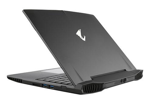 7 laptop gaming terbaik 2015   372994